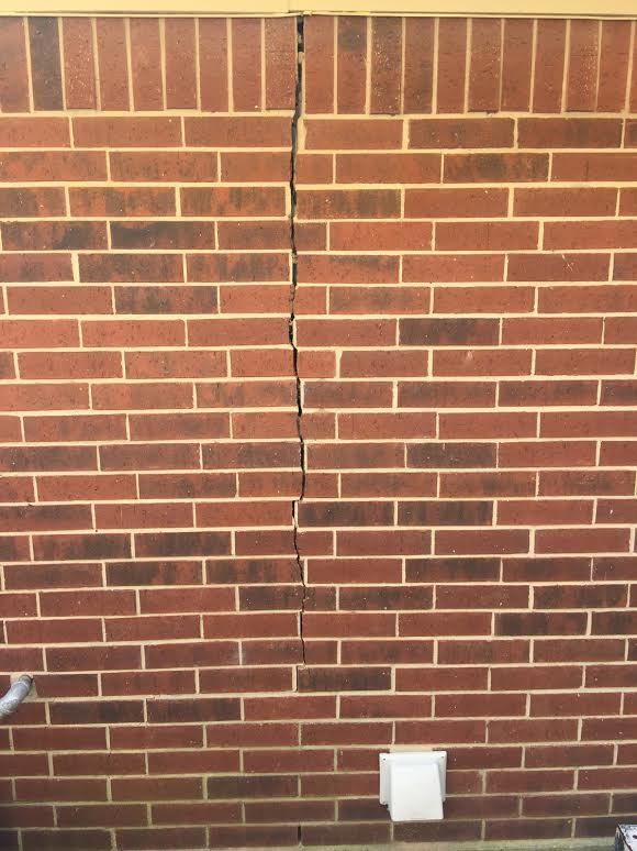 how to repair brick cracks